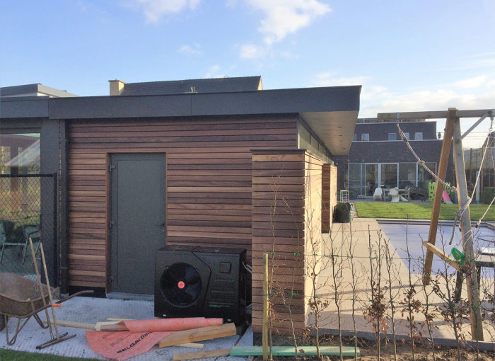 Houten-gevelbekleding-Poolhouse-Sint-Pauwels-(4)